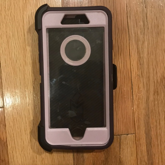 hot sale online bd234 7a9e4 iPhone 7 OtterBox case with belt clip